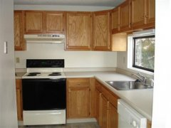 B1-Oakwood-Kitchen-(Small).jpg